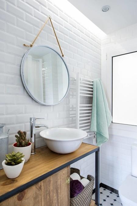 Image of Egue & Mushroom bath