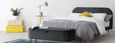 11 original storage solutions to neatly store things by the bed in the bedroom