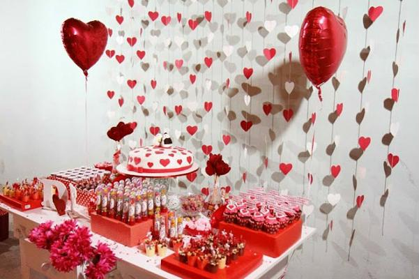 Decoration with balloons and hearts