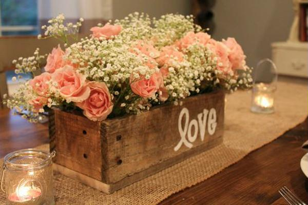 Wooden cachepot for engagement decoration