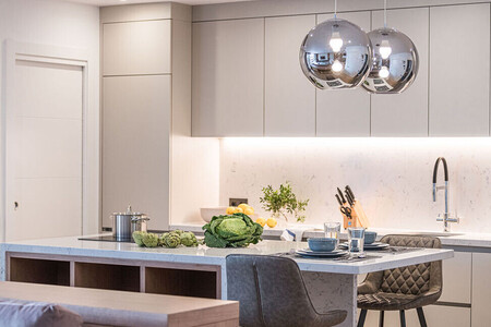 kitchen refined lines