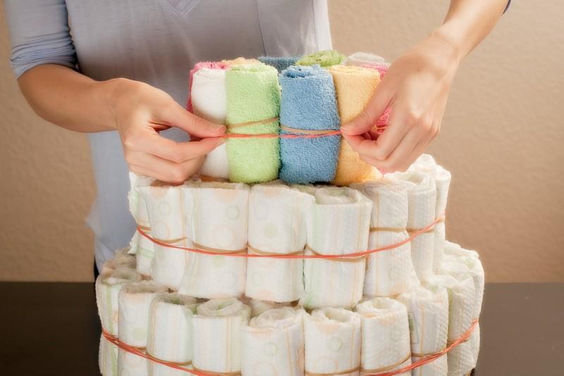 simple diaper cake