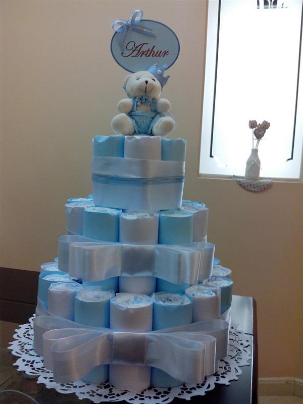 step by step diaper cake