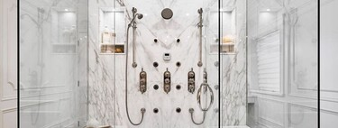 Trends the bathroom;  the lightest shower screens without profiles or with minimal profiles and fittings