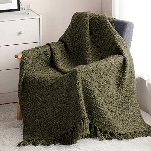 HORIMOTE HOME Thick knitted blanket for sofa, chair, couch, bed, bohemian style, with texture and decorative fringes (olive, 127 x 152 cm)
