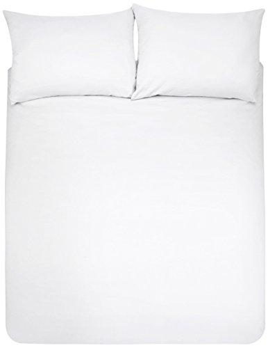 AmazonBasics Microfiber Duvet Cover and Pillowcase Set, 220 x 250 cm + 2 Shams 50 x 80 cm - White