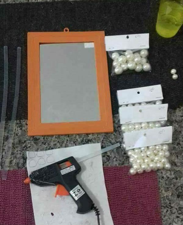 List of materials for making mirrored tray