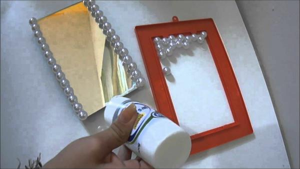 step by step to make mirrored candy tray