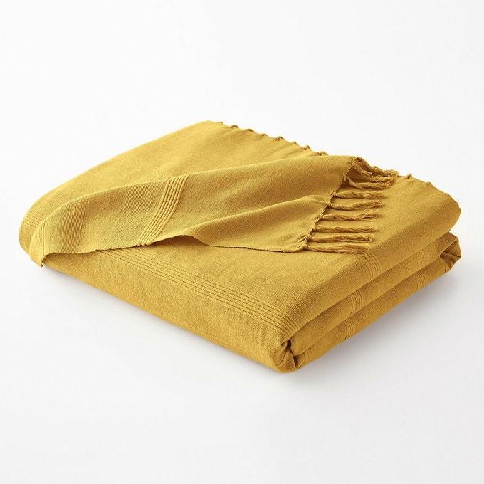 Fringed bedspread, Nedo