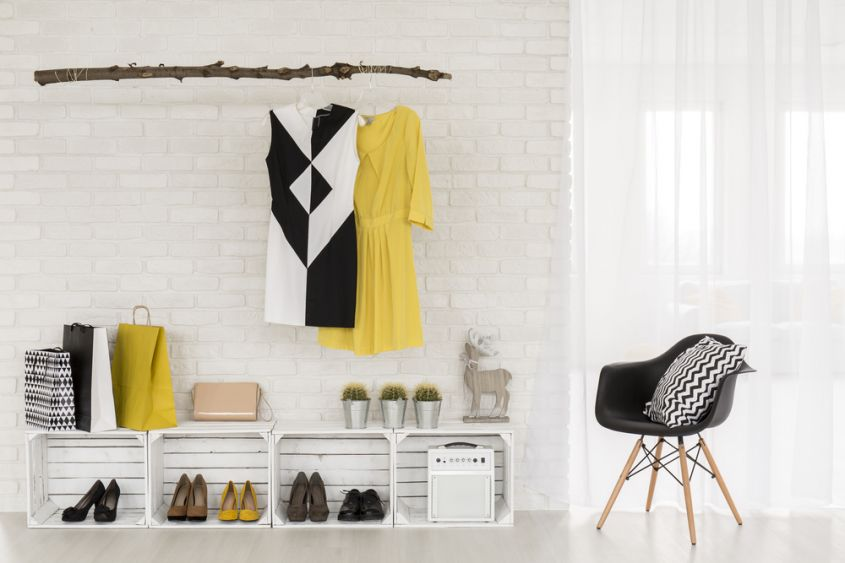 Alternative ideas to the shoe cabinet for a trendy touch