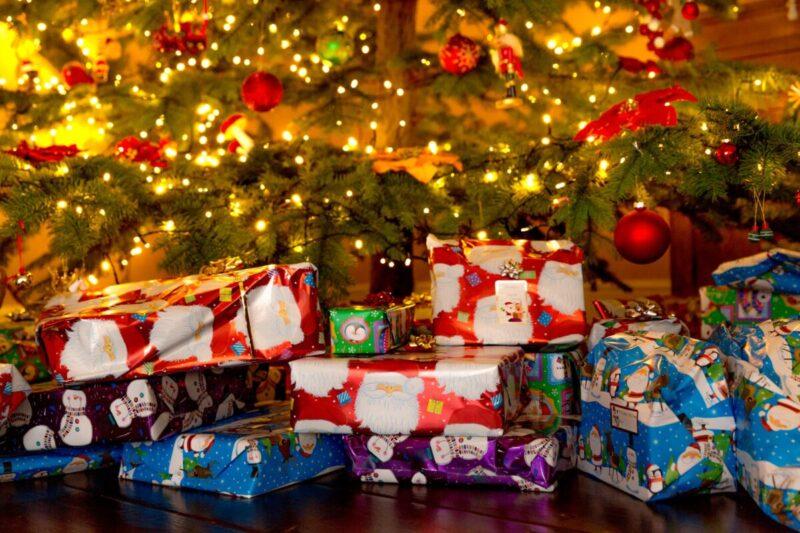 10-Christmas-gifts-spending-maximum-20-euro-25