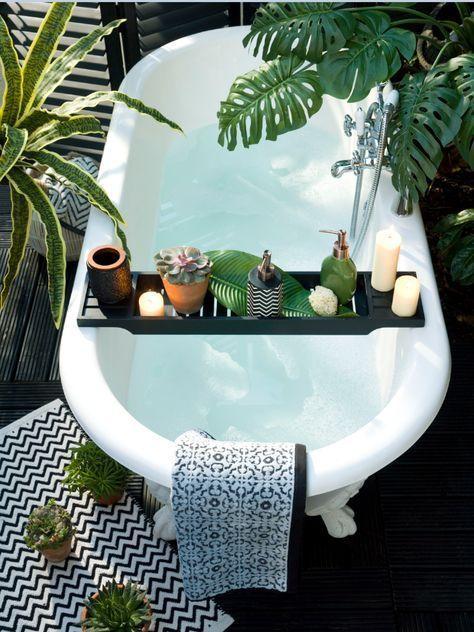 Jungle style bathroom