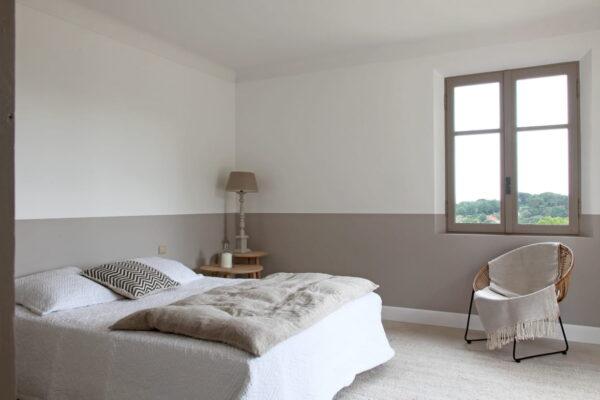 dove-color-walls-bedroom-
