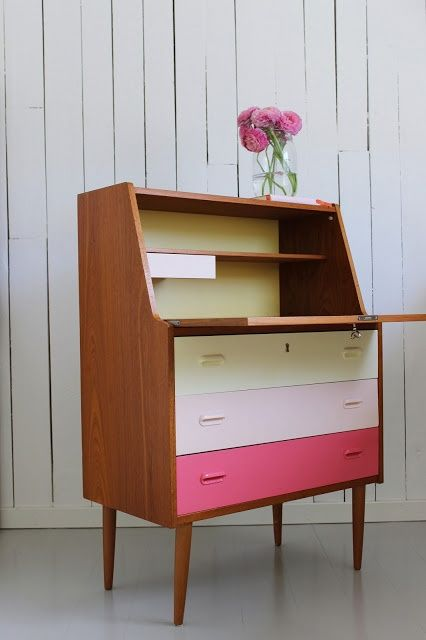 colored drawers
